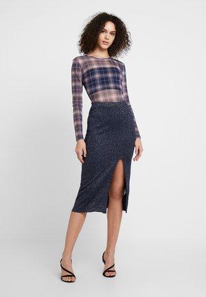 BRODEY SKIRT - Pouzdrová sukně - blau