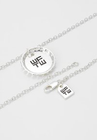 Wild For The Weekend - BOTTLE PENDANT NECKLACE - Necklace - silver-coloured - 2