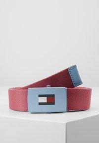 Tommy Hilfiger - KIDS PLAQUE BELT - Belt - red - 0
