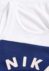Nike Performance - TANK - Toppi - white/blue void/washed coral - 3
