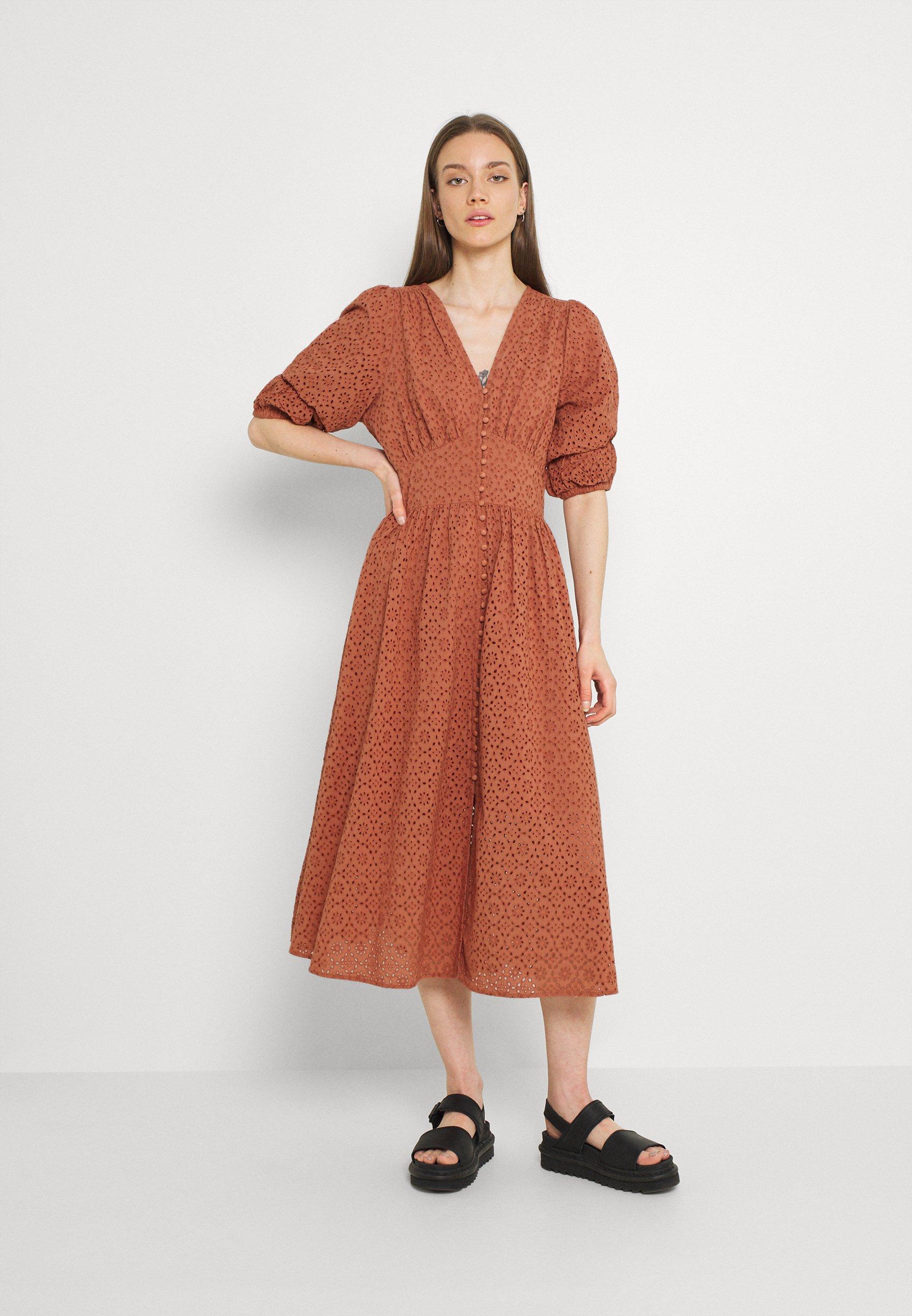 Women YASLAURIO MIDI DRESS - Day dress