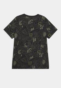 Puma - ACTIVE SPORTS TEE  - Print T-shirt - black - 1