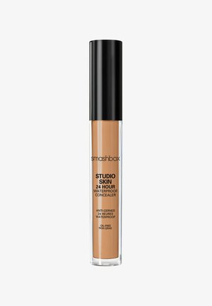 STUDIO SKIN FLAWLESS 24 HOUR CONCEALER 8ML - Concealer - ac6b39- medium dark warm golden