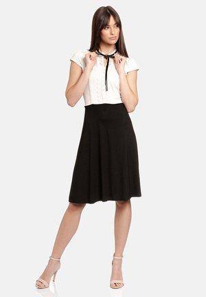 Day dress - schwarz/creme