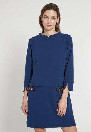 ELJANA - Jersey dress - blau