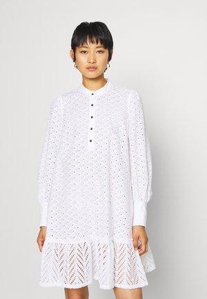 BRITANIA OVERSIZE DRESS - Shirt dress - white