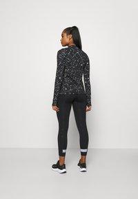 Nike Performance - Sportshirt - black - 2
