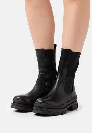 DAKAR - Platform boots - noir