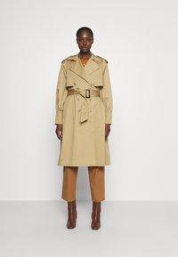 DAY Birger et Mikkelsen - DAY BON VOYAGE - Trenchcoat - beige - 0