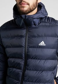 adidas Performance - ITAVIC STRIPES - Vinterjakker - dark blue