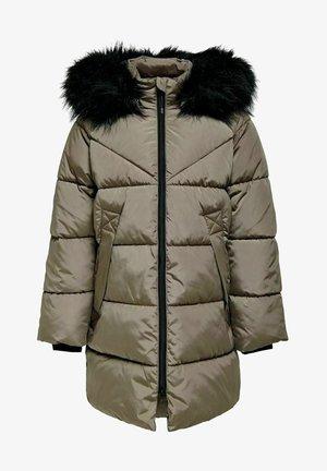 Płaszcz zimowy - walnut