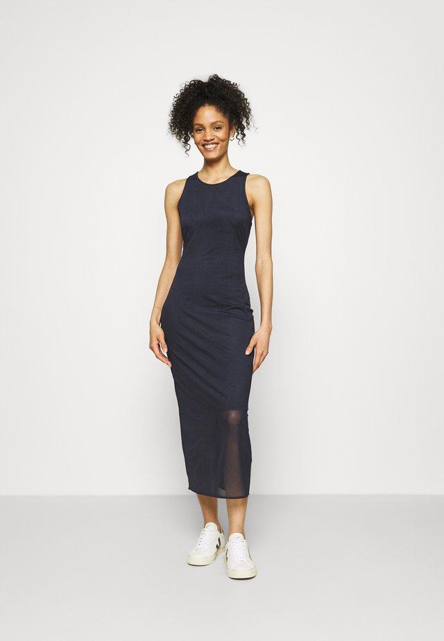 VESTITO - Długa sukienka - blueberry jelly