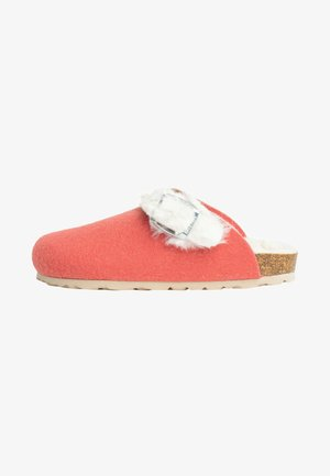 Clogs - coral