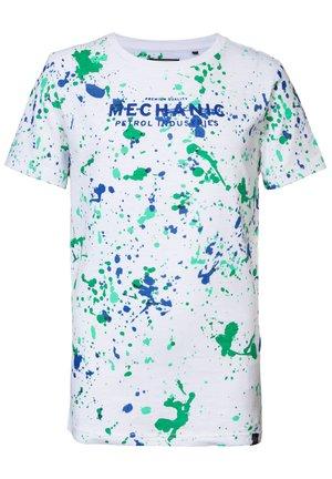T-shirt print - shamrock