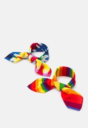 PRIDE BANDANAS UNISEX 2 PACK - Foulard - multi-coloured