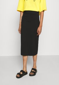 Even&Odd - 2 PACK - Pencil skirt - black/dark blue - 2