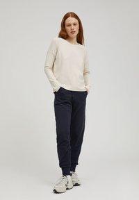 ARMEDANGELS - PALINAA  - Sweatshirt - kitt - 1