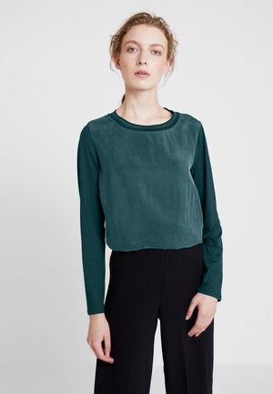 WITH ELASTIC RIP - Bluser - dusky emerald