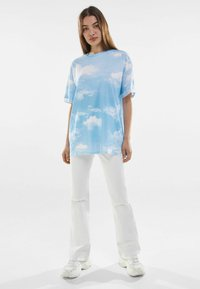 Bershka - Print T-shirt - light blue - 1