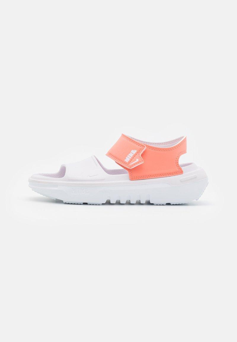 Nike Performance - PLAYSCAPE UNISEX - Sandály do bazénu - crimson bliss/light violet/white
