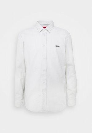 EVART - Shirt - natural
