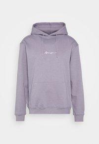 ESSENTIAL SIGNATURE HOODIE UNISEX - Luvtröja - murky violet