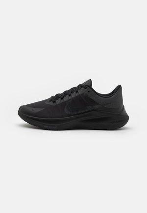 WINFLO 8 - Chaussures de running neutres - black/dark smoke grey/smoke grey