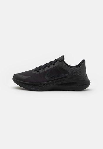 WINFLO 8 - Obuwie do biegania treningowe - black/dark smoke grey/smoke grey