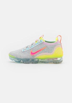 AIR MAX VAPORMAX FK - Trainers - photon dust/hyper pink/bright mango/volt/ghost aqua/black
