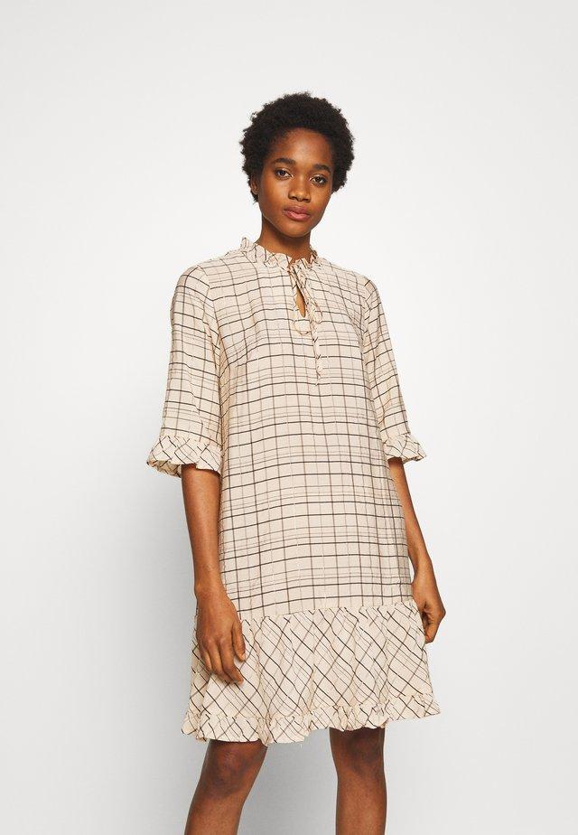 NAVA - Košilové šaty - cocoon