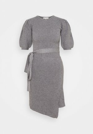 DRESS - Stickad klänning - grey