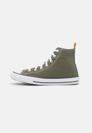 CHUCK TAYLOR ALL STAR COLOR HIKED UNISEX - High-top trainers - field surplus/storm wind/fire pit