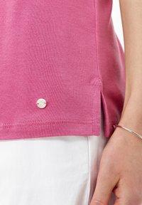 BRAX - STYLE COLETTE - Basic T-shirt - magnolia - 4
