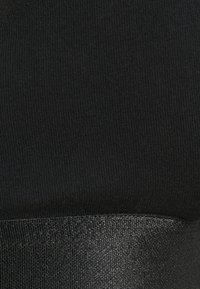 Fila - WOMAN BRA - Kaarituettomat rintaliivit - black - 3