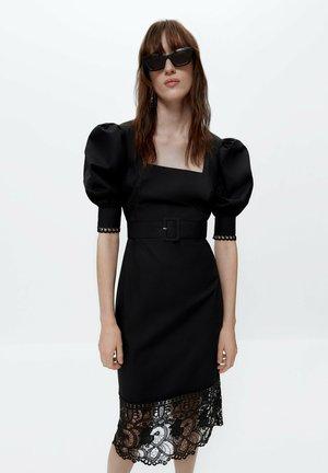 BLACK GUIPURE LACE DRESS  - Cocktailjurk - black