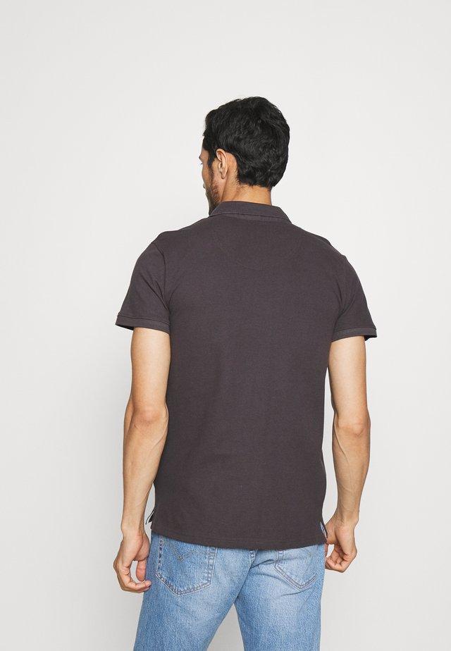 WARD EXCLUSIVE - Polo shirt - raven