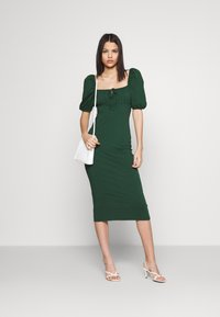 Glamorous - CARE PUFF SHORT SLEEVED MIDI DRESSES WITH SQUARE NECKLINE - Jerseyjurk - forest green - 1