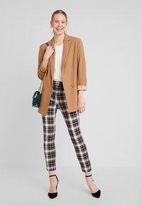 GAP - ANKLE ZIPPER HOLIDAY - Trousers - tartan - 2