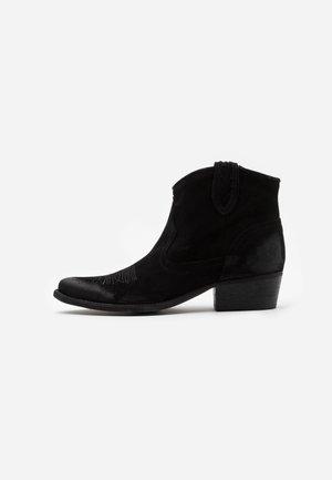 WEST  - Korte laarzen - marvin nero