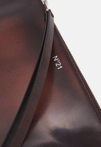 N°21 - BUSTINA - Across body bag - brown - 4
