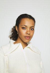 Gina Tricot - PEYTON CARDIGAN - Kofta - warm white - 5