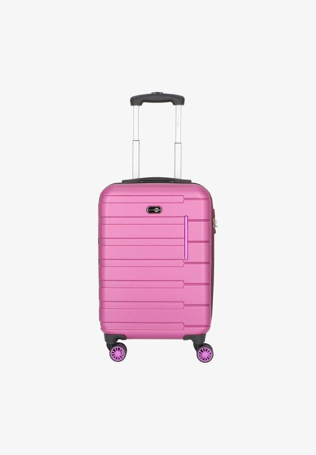 MÜNCHEN - Wheeled suitcase - beere/pink