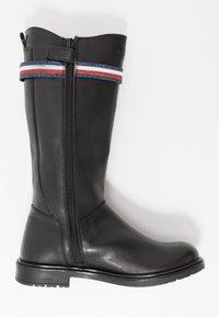 Tommy Hilfiger - Vysoká obuv - black - 1