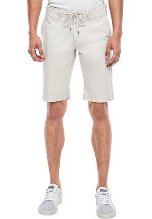 SLIM FIT - Shorts - beige