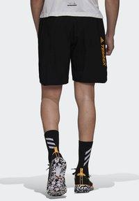 adidas Performance - Pantalón corto de deporte - black - 2