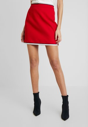 HIGH ROLLER SKIRT - Jupe crayon - crimson