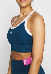 Nike Performance - Reggiseno sportivo - valerian blue/white - 4