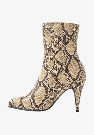 SNAKE PRINT BOOTIE - High heeled ankle boots - beige