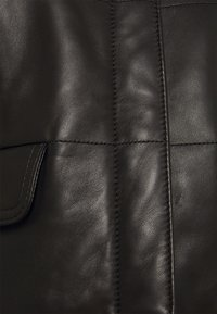 Coach - QUILTED FEMININE JACKET - Giacca di pelle - black - 2