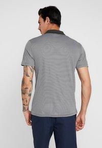 Lyle & Scott - GOLF  - Sports shirt - spruce green/glacier grey - 2